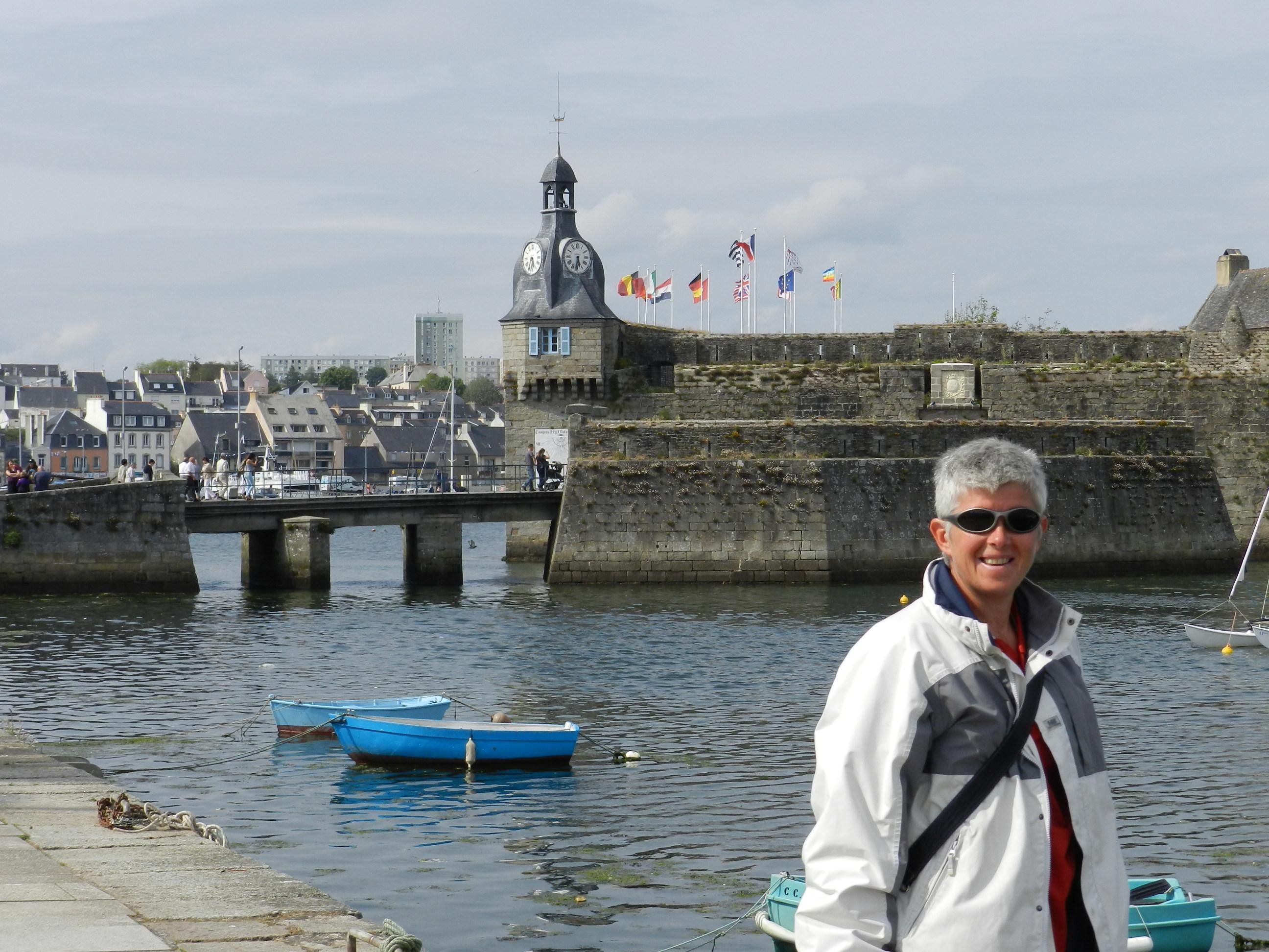 Personals in harbour breton